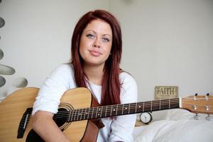 Amanda Lind från Edsbyn får sjunga inför storpublik i Tv4-programmet