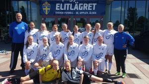 Ångermanlands lag på flickelitlägret i Halmstad.