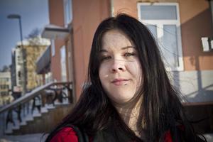 Karolin Rooth, 21, Delsbo– Ja, fast det beror på hur mycket dyrare det är än andra varor kostar.