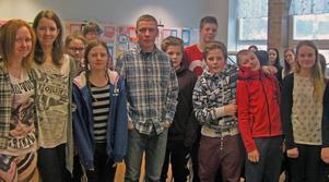 Eleverna i klass 6-9 fick en föreläsning av kammaråklagare Jens Göransson.