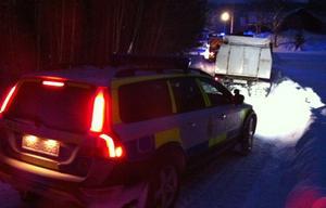 Vid halvtretiden på tisdagseftermiddagen larmades polis och räddningstjänst ut på en brand i Brattås, Härnön.