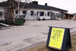 När Dynäs måleri byter lokaler övertar Sundströms bil den här byggnaden för sin satsning på elbilar.