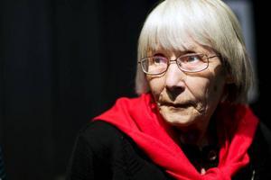 """""""Senast vi arrangerade årsstämman var 1998"""", berättar Elna Aronsson som är kretsordförande för handvävarna i Jämtland."""