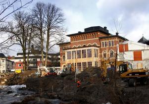 Boverket stoppar de två intygsgivare som godkände den ekonomiska planen för Stadt.