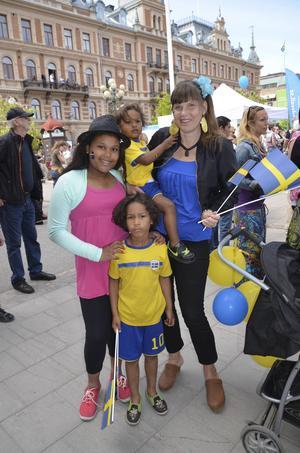 Sofie Nyström firade med sina barn Issa, 2, Wilhelm, 6, och Amelie, 10.