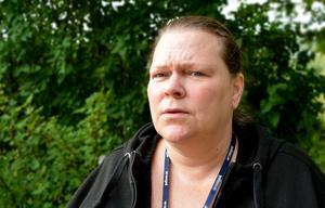 Christina Lindgren drabbades själv av den ekonomiska kraschen inom Kris.Inte desto mindre tar hon föreningen i försvar.