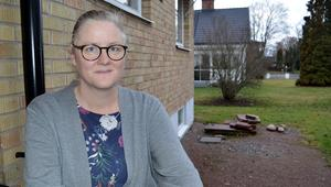 Mia Åtting upplever att hennes underlivsbesvär inte togs på allvar när hon påpekade hur ont hon hade.