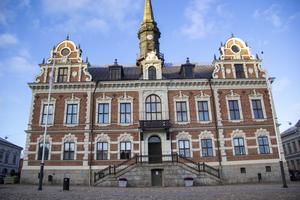 Skatteintäkterna minskar och kostnaderna ökar för många kommuner. För Söderhamns del kommer det att fattas 250 miljoner kronor fram till år 2030.