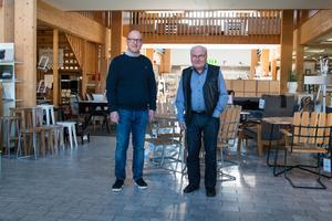 """Nu som då säljer Ludvig Petterssons möbler mycket soffor och sängar. """"Nu säljs det ju mycket mer mumintroll, sådana muggar. Vi säljer mängder, säger Per Ludvigsson."""