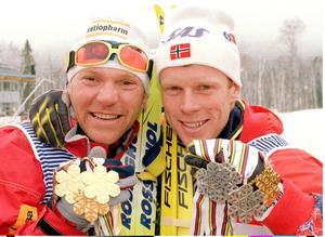 1990-talets kanske allra största skidåkare; Vladimir Smirnov och Björn Dählie. Bilden tagen 1995, under VM i Thunder Bay, Kanada,. Foto: TT