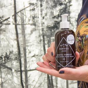 Alla produkter marknadsförs som naturliga och ekologiska. Den här vann nyligen pris.