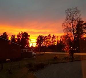 Solnedgång i Tärnsjö. Foto: Agnetha Flink