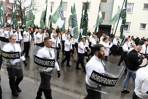 Kunde ett återinfört förbud mot politiska uniformer göra NMR-manifestationer mindre hotfulla?Foto: Ulf Palm