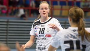 Nyförvärvet Emma Aarnio stod för sju mål när VästeråsIrsta vann premiären hemma mot Skara HF.