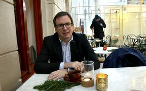 Peder Björk, kommunstyrelsens ordförande i Sundsvall, räknar med att kommunens kostnader ska minska med 60 miljoner kronor till 2020.