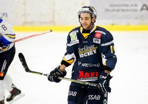 Med nio mål och 16 assists slutade Borlänges Lucas Venuto tvåa i den västra Hockeyettans poängliga efter Mariestads Eddie Davidsson, 28 (15+13).