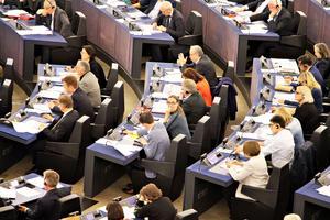 Bodil Valero tillsammans med sina gröna allierade i EU-parlamentet.