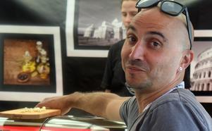 Gaspare De Luca har många favoriter på marknaden.