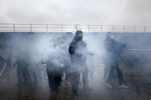 Den 24-årige Tierpsbon dömdes till fängelse för våldsamt upplopp i samband NMR:s attack på Kärrtorpsdemonstrationen 2013.