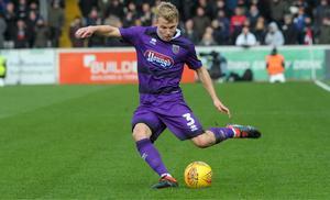 Sebastian Ring har lyckats ta en ordinarie plats som wingback i Grimsby Town i den engelska tredjedivisionen.