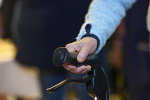 Skribenten berättar om när hennes pappa fick en rullator – trots att han var blind. Foto: Pontus Lundahl/TT