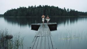 Lantisar är inspelad i Askersund, nu går den upp på svenska biografer – däribland Bio Roxy. Pressbild: Backa studios