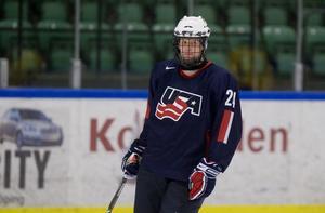 Uppväxten i USA, och det dubbla medborgarskapet, har bäddat för spel i det amerikanska ungdomslandslaget för Philip Samuelsson. Här en bild ifrån en 2009, under en 5-Nationersturnering med USA:s Team 18. Foto: Bildbyrån.