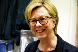 Maria Sundberg Lindh säljer mycket tyger till jul.