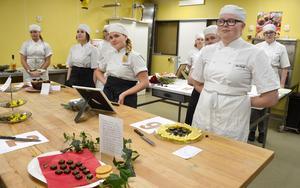 Det var en spänd väntan för bageri- och konditorieleverna på Hushagsgymnasiet innan vinnaren avslöjades.