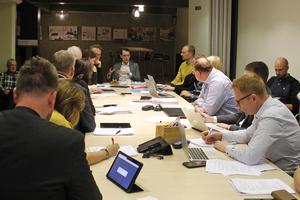 Fastighetsnämnden hade två ärenden uppe som berörde Kristiansborgsbadet.  Mötet inleddes med en frågestund som handlade om badet.