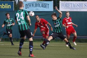 Eklund hade en lysande eftermiddag på Lärkan när han stod för tre mål på fem minuter.