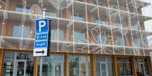 I Nykvarns centrum byggs bland annat nya bostäder.