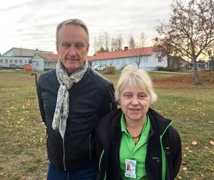Kent Norberg tillsammans med Susanna Berglund, serviceledare i Härnösand.