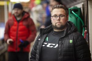 Andreas Arvidsson är inte längre huvudtränare i Lindefallet.