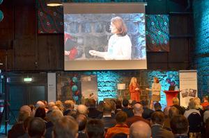 Moderatorn Ellinor Persson frågade ut Skogsindustriernas vd Carina Håkansson. Den senare sade på scenen att Avesta är en vagga för basindustrin och att skogsnäringen  i Avesta sysselsätter knappt 1500 personer i kommunen. Skatteintäkterna från de personerna motsvarar lönen för 320 kommunanställda.