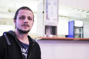 Micke Lindblom har varit i krogbranschen i omkring 15 år.