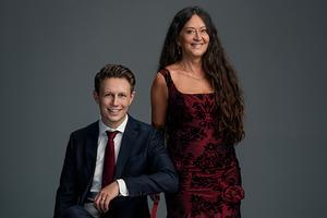 Pianisten Andreas Landegren och sångerskan Anna-Lotta Larsson kommer till Örnsköldsvik och EFS-kyrkan i Örnsköldsvik på första advent.  Foto: Pressbild
