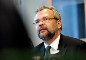 Robert Engstedt, kammaråklagare och specialist vid riksenheten mot korruption, har beslutat att lägga ner förundersökningen mot den tjänsteman i Södertälje kommun som misstänktes för mutbrott och tjänstefel i Glasberga.Foto: Bertil Ericson/SCANPIX