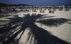 Det finns mycket som kan hända under en semesterresa. Foto: Sakchai Lalit,/AP/TT