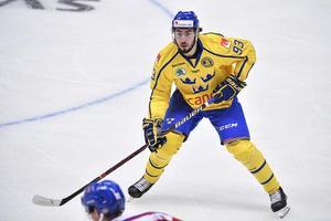 Mika Zibanejad är garanterad en plats i den svenska VM-truppen och visade i sin landslagsdebut att han kommer att bli en tillgång för de regerande världsmästarna. Foto: Anders Wiklund/TT
