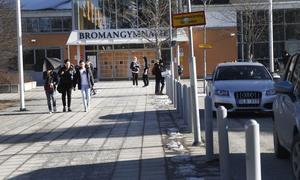 Nu väntar två veckors studier hemma för eleverna på Broman.