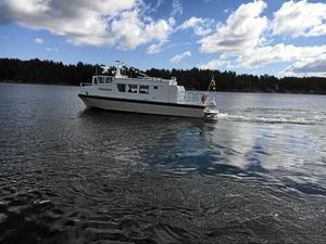 Blidösundsbolaget bedriver sjötrafik i Furusund med Skraken.
