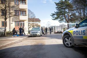 Delar av bostadsområdet i Sörby spärrades av under fredagen.