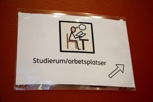 Bildstöd gör det lättare för eleverna att hitta till olika platser.