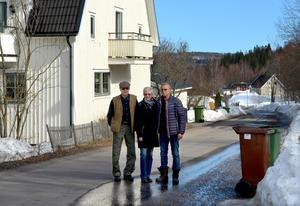 Tor Wikström, Ann-Christin Lindström och Kurt Lindström är några av de boende i Maland som går emot Trafikverkets planer.
