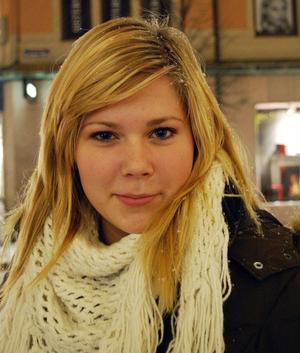 Madelene Ereiksson, 15, Södermalm:- Jag hoppas att det blir en varm lång sommar!