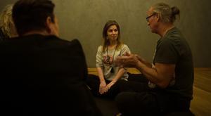 Under workshopen delades det erfarenheter och tankar om sex. Förutom Staffan Jangdal, som bor tillsammans med Charlotte Cronquist, deltog två personer i kursen.
