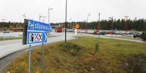 Nu ska det blir större ruljans av bilar på Söderhall trafikplats. Bild: Sara Borg
