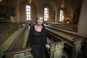 Lena Sjöström, vaktmästare i Staffans kyrka, har arbetat 18 år i Staffans kyrka varav de fem senaste åren som vaktmästare.