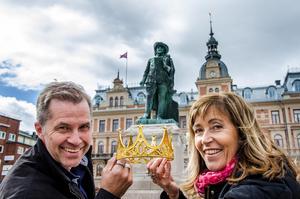 Det är sista chansen att nominera nästa könglighet – och du gör det här på ST.nu. Anders och Katarina Lövgren, från Heja Sundsvall, tror att det finns många kandidater.